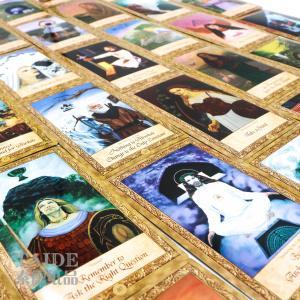 Best Customized Entertainment CMYK UV Varnish Paper Tarot Card with gold edge wholesale
