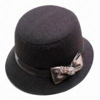 Best Fashionable winter hat, made of woolen fabric, available in various colors and designs wholesale