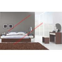 Best Modern italian fabric upholstery pad for gloss bedroom furniture by bed and nightstand wholesale
