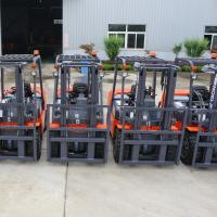 Best 3000kgs Equipped powful engine auto lift forklift with diesel engine wholesale