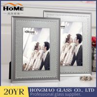 China Vertical Personalised Glass Photo Frames , Non Glare Flat Glass Picture Frames on sale