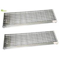 China Hot Dipped Galvanized No Slip Stair Treads Steel Walkway Steel Grating Stair on sale