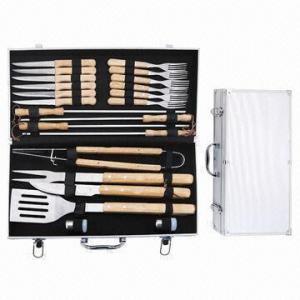 Best Hardwood Handle BBQ Tools Kit in Aluminum Suitcase, BBQ Set wholesale
