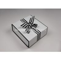 China Lightweight Folding White Chipboard Boxes With Lids Big Ribbon Bow Custom Product Packaging on sale