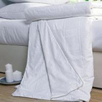 China Duvets/Tussah Silk Quilts, Natural Material and Nice Design Shows Extra Luxury Feeling on sale