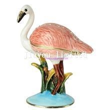 China TBP0643k2-Flamingo bejeweled collectible box luxury jewelry box metal tabletop