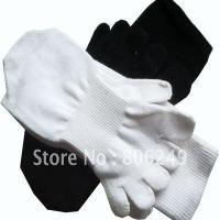 Best men's 100% sports cotton five-toe socks wholesale