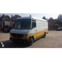 China Truck used Mercedes box truck Vario 614 D on sale