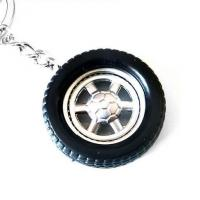 China Black Rubber Car Wheel Key Chains Personalised Car Keychain Gifts for Him CK-007 on sale
