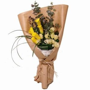 Cheap Calla Lilies Flower Bouquet with Greens NO.25 delivery flower for sale
