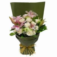 Best Stargazer Lilies Arranged with Roses and Greens NO.27 delivery wholesale