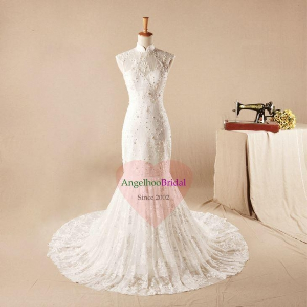 China Vintage Lace Bridal Dresses with Modest Neck and Short Sleeves WD1530