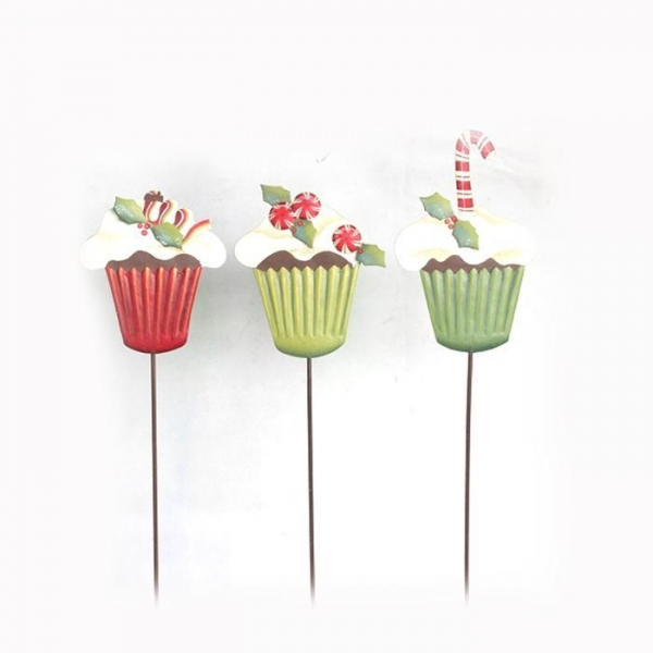 Cheap Metal Christmas stake with cake design in garden decoration for sale