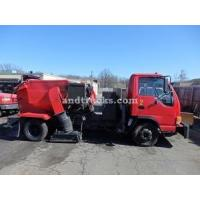 China 2001 Isuzu NPR with Tymco 210 Sweeper used for sale on sale